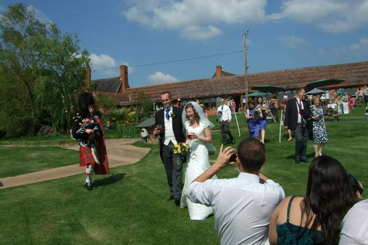 Jinney Ring Craft Centre Weddings Offers Packages
