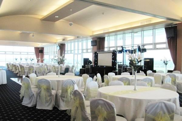 aintree racecourse weddings