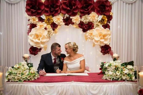 Wedding decor suppliers wedding venues in england wedding decor louella flowers junglespirit Image collections